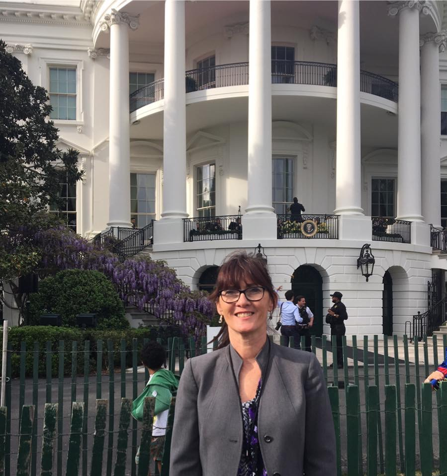 scholarship winner Tina standing in front of the White House